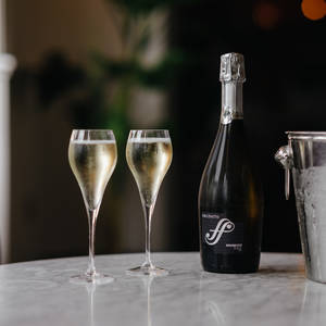 £10 off bottles of Prosecco